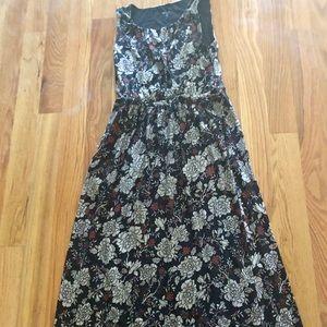EUC Garnet Hill Maxi Dress with Border Hem. Med